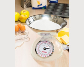 Steelex Traditional Cream Kitchen Scales feature image