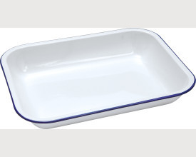Falcon Housewares Blue and White Enamel Bake Pans feature image