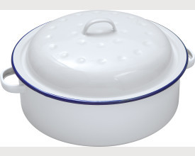 Falcon Housewares 26cm Blue and White Enamel Round Roaster feature image