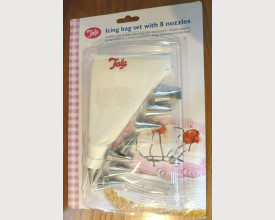 Tala Icing bag set with 8 Nozzles £2.30 feature image