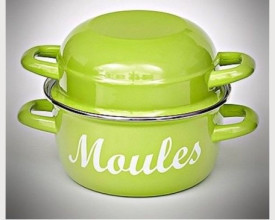 Lime Green Enamel Moules 20cm Cooking Pot £10.95 feature image